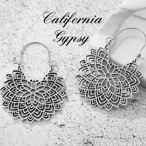 JUST IN🎉Western gypsy boho silver floral earrings